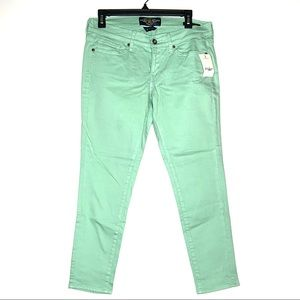 Lucky Brand Mint Green Charlie Capri Jean 8 29